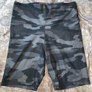 Aerie camo biker shorts